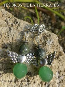 pendientes de serpentinita y cuarzo verde