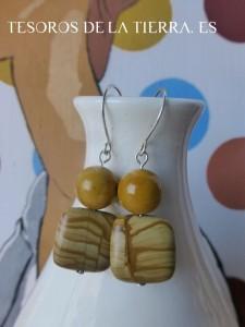 pendientes de mookaita y jaspe madera